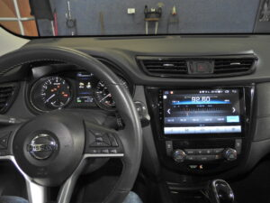 Nissan X-Trail, Qashqai i Rogue - stacje multimedialne Android