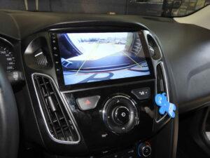 Obraz z kamery w dedykowanej stacji Ford Focus