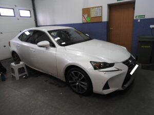 Lexus IS 200t - wymiana nagłośnienia