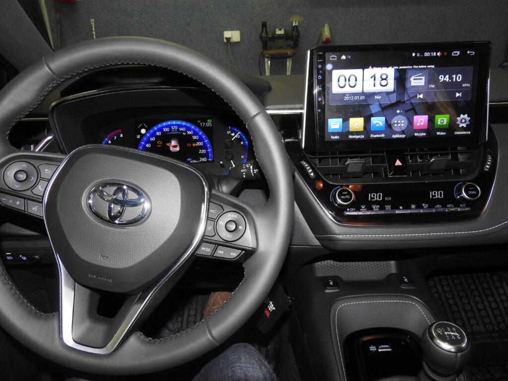 Toyota Corolla 2019 stacja multimedialna