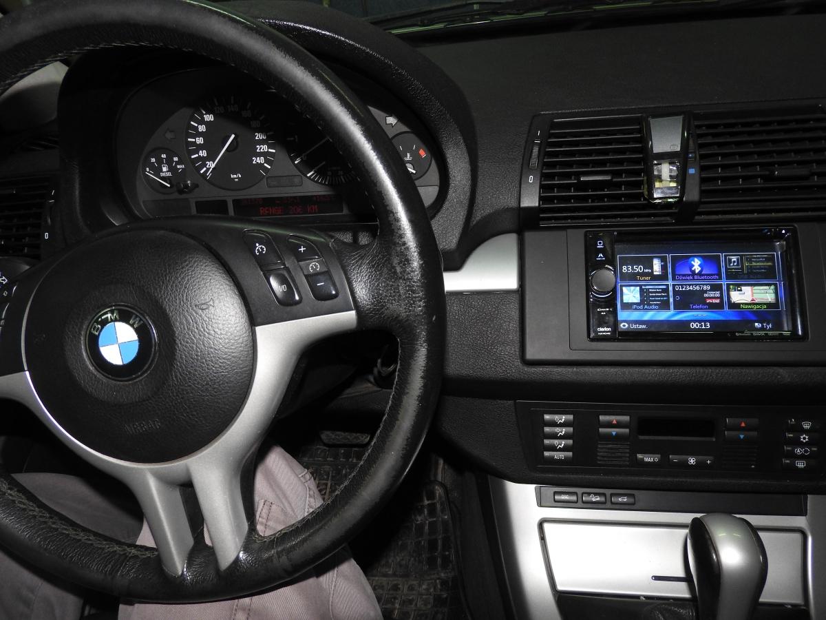 BMW X3 - Clarion NX706