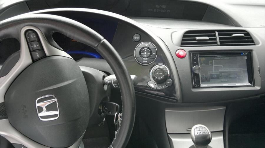 Honda Civic - Clarion