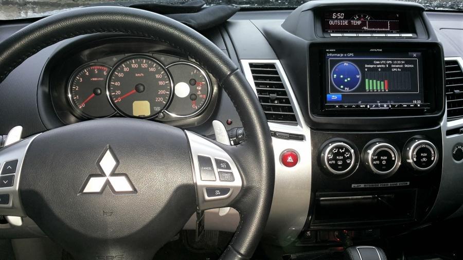 Mitsubishi L200 - Alpine INE-W987
