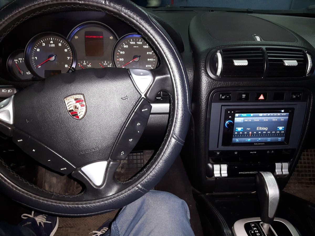Porsche Cayenne - Blaupunkt New York 845