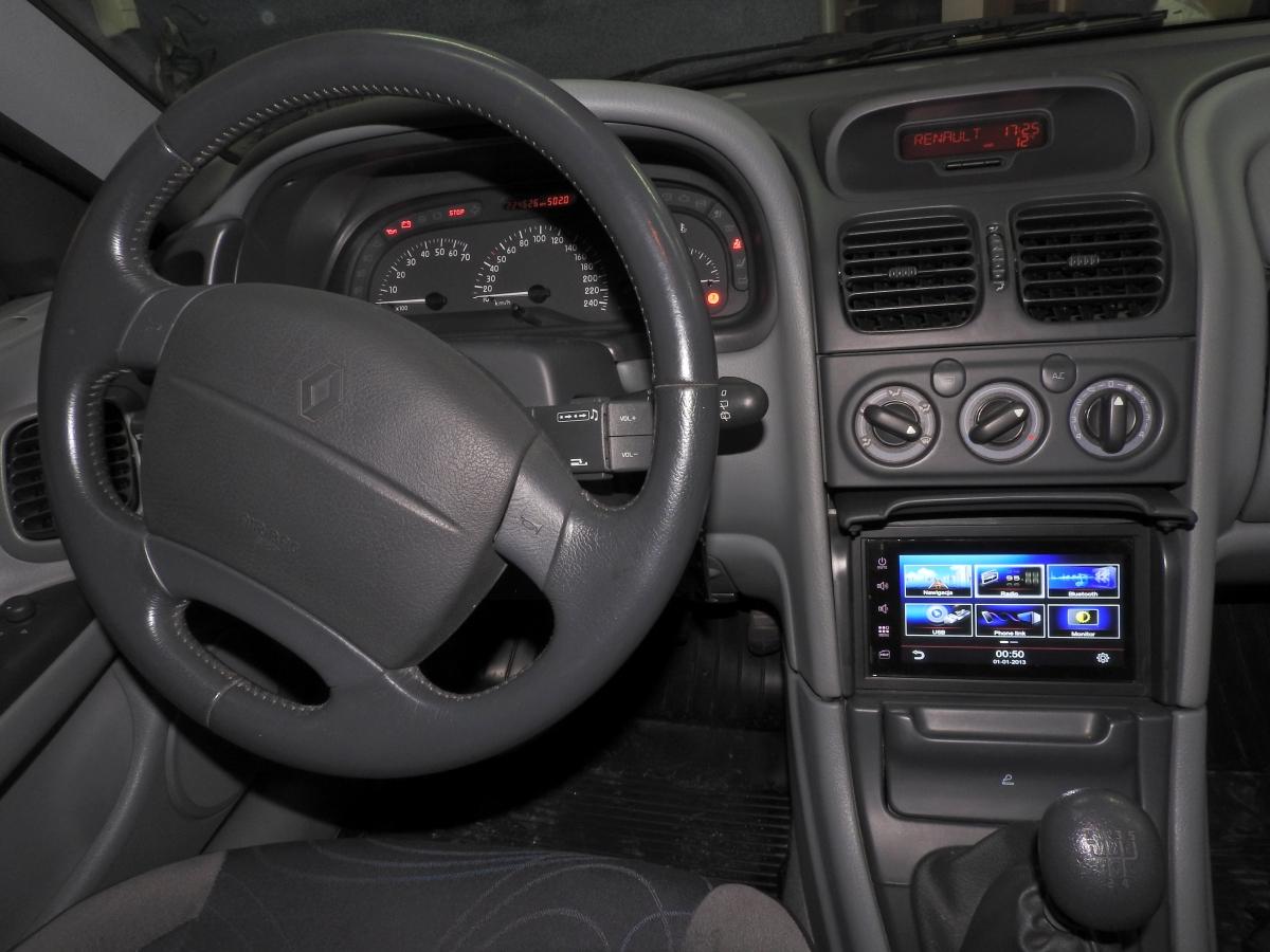 Renault Laguna - GMS 6818