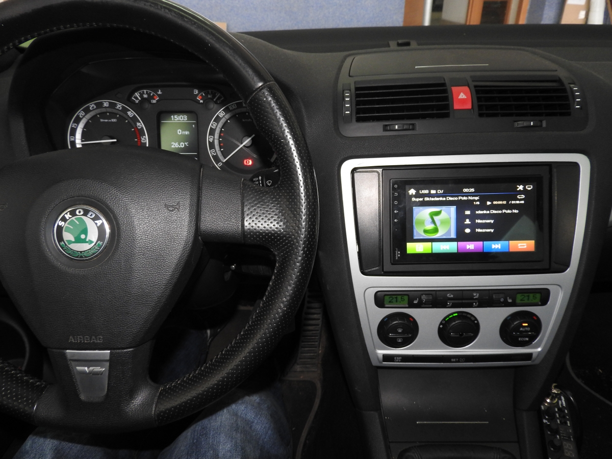 Skoda Octavia - American Legend AMC 675