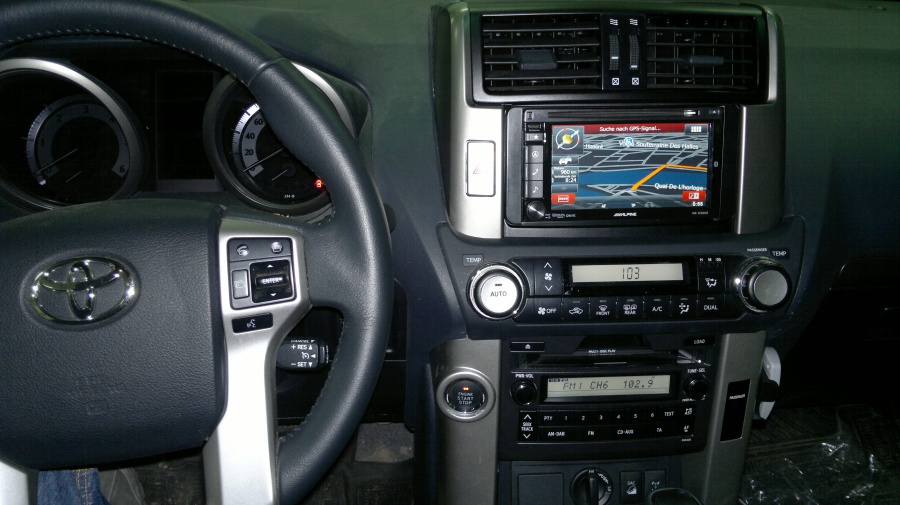 Toyota Landcruiser - Alpine
