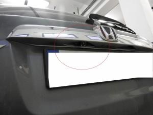 Honda CRV - kamera cofania umieszczona w dyskretnym miejscu