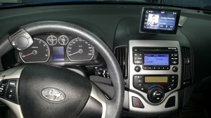 Hyundai I30 - Parrot Asteroid Tablet