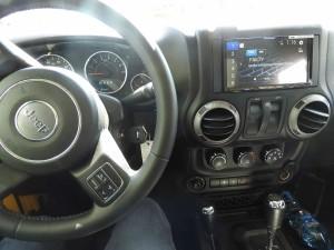 Jeep Wrangler - Pioneer AVH-Z9200DAB